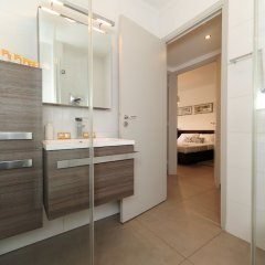 Отель Nice Étoile Grand suite Five stars holiday house ванная