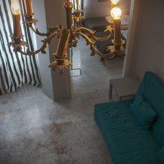 Отель Koro De Varsovio - Chmielna 6 Варшава комната для гостей фото 12