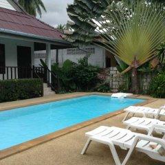 Отель Orange Village бассейн