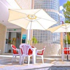 Отель Hostal Residencia Molins Park
