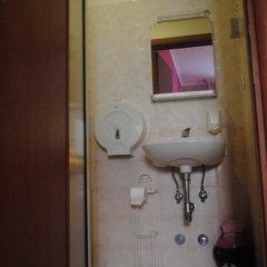 Отель Ciak Hostel Италия, Рим - 1 отзыв об отеле, цены и фото номеров - забронировать отель Ciak Hostel онлайн ванная