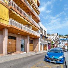 Отель Apartamento Vivalidays Es Blau Испания, Бланес - отзывы, цены и фото номеров - забронировать отель Apartamento Vivalidays Es Blau онлайн парковка
