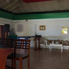 Отель Sundown Beach Studio At Montego Bay Club Ямайка, Монтего-Бей - отзывы, цены и фото номеров - забронировать отель Sundown Beach Studio At Montego Bay Club онлайн гостиничный бар