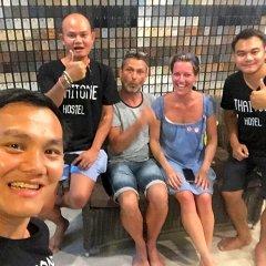 Zee Thai Hostel Бангкок с домашними животными