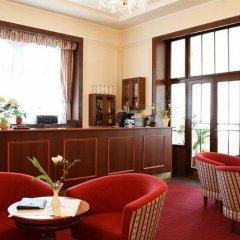 Lázeňský Hotel Belvedere *** Франтишкови-Лазне гостиничный бар