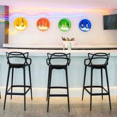 Отель ibis Styles New York LaGuardia Airport США, Нью-Йорк - отзывы, цены и фото номеров - забронировать отель ibis Styles New York LaGuardia Airport онлайн гостиничный бар