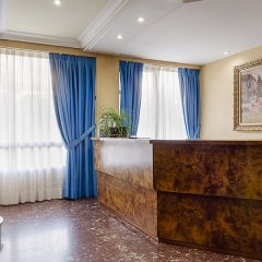 Отель Madrid Rio интерьер отеля