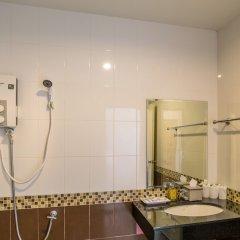 Отель Krabi Phetpailin Hotel Таиланд, Краби - отзывы, цены и фото номеров - забронировать отель Krabi Phetpailin Hotel онлайн ванная