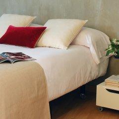 Апартаменты AinB Born-Tiradors Apartments Барселона комната для гостей фото 2