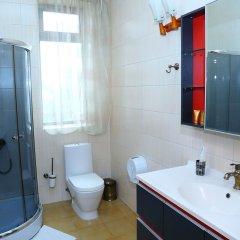 Отель Albatros Hotel Bishkek Кыргызстан, Бишкек - отзывы, цены и фото номеров - забронировать отель Albatros Hotel Bishkek онлайн ванная фото 2