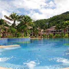 Отель Alpina Phuket Nalina Resort & Spa бассейн