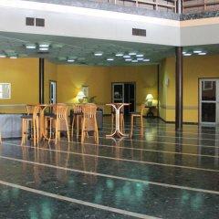 Отель Nike Lake Resort Нигерия, Энугу - отзывы, цены и фото номеров - забронировать отель Nike Lake Resort онлайн фитнесс-зал