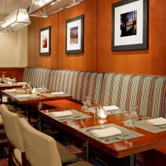 Отель Four Points by Sheraton Long Island City питание