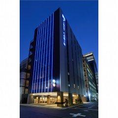 Отель First Cabin Kyobashi Япония, Токио - отзывы, цены и фото номеров - забронировать отель First Cabin Kyobashi онлайн вид на фасад