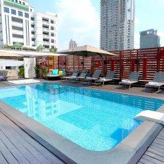 Отель Citrus Suites Sukhumvit 6 By Compass Hospitality Бангкок бассейн