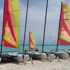 Отель Eve Caurica Мальдивы, Мале - отзывы, цены и фото номеров - забронировать отель Eve Caurica онлайн пляж фото 2