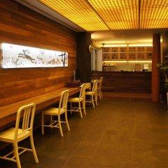 Sunbee Hotel гостиничный бар