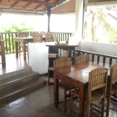 Отель Fort Dew Villa Шри-Ланка, Галле - отзывы, цены и фото номеров - забронировать отель Fort Dew Villa онлайн балкон