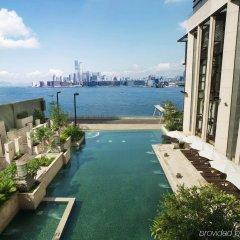 Отель Harbour Grand Hong Kong бассейн