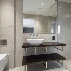 Отель Posh 2BR Westminster Suites by Sonder Великобритания, Лондон - отзывы, цены и фото номеров - забронировать отель Posh 2BR Westminster Suites by Sonder онлайн ванная