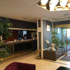 First Euroflat Hotel интерьер отеля