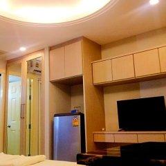Отель B your home Hotel Donmueang Airport Bangkok Таиланд, Бангкок - отзывы, цены и фото номеров - забронировать отель B your home Hotel Donmueang Airport Bangkok онлайн удобства в номере фото 2