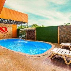 Отель Patong Holiday бассейн