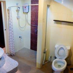 Апартаменты Laidback Place Apartment Бангкок ванная