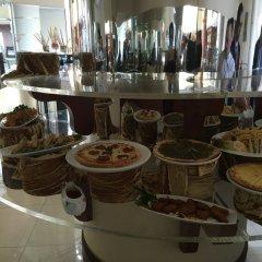 Отель Grand Excelsior Hotel Sharjah ОАЭ, Шарджа - 1 отзыв об отеле, цены и фото номеров - забронировать отель Grand Excelsior Hotel Sharjah онлайн гостиничный бар