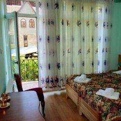 Отель Гостевой Дом Eco-House Грузия, Тбилиси - отзывы, цены и фото номеров - забронировать отель Гостевой Дом Eco-House онлайн комната для гостей фото 5