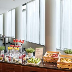 Отель NH Collection Frankfurt City питание фото 3