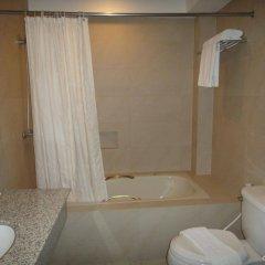 Отель Cebu Grand Hotel Филиппины, Себу - 1 отзыв об отеле, цены и фото номеров - забронировать отель Cebu Grand Hotel онлайн ванная