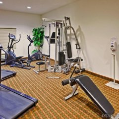 Holiday Inn Express Hotel & Suites MERIDIAN фитнесс-зал