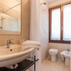 Отель Like Venice Out of The Crowd Италия, Сальцано - отзывы, цены и фото номеров - забронировать отель Like Venice Out of The Crowd онлайн ванная