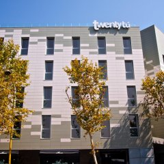 Отель Twentytú HighTech Hostel Испания, Барселона - 2 отзыва об отеле, цены и фото номеров - забронировать отель Twentytú HighTech Hostel онлайн балкон