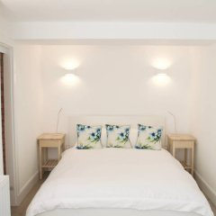 Отель Beautiful 1 Bedroom Apartment On Broughton Street Великобритания, Эдинбург - отзывы, цены и фото номеров - забронировать отель Beautiful 1 Bedroom Apartment On Broughton Street онлайн комната для гостей