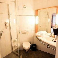 Отель Ibis Poznan Stare Miasto Познань ванная