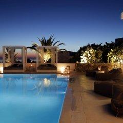 Livin Mykonos Hotel бассейн
