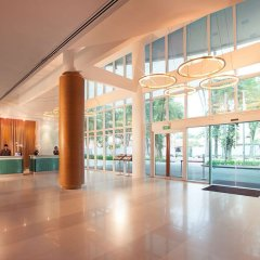 Village Hotel Changi фитнесс-зал фото 2