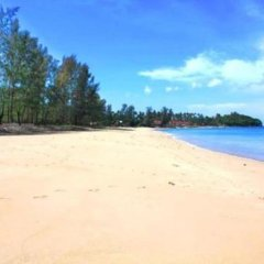 Отель Baan Check In Ланта пляж