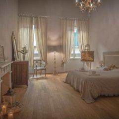 Отель Breathtaking 4BD Apt 5min Walk to Duomo комната для гостей фото 2