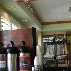 Отель Travelodge Chatsworth США, Лос-Анджелес - отзывы, цены и фото номеров - забронировать отель Travelodge Chatsworth онлайн питание фото 3