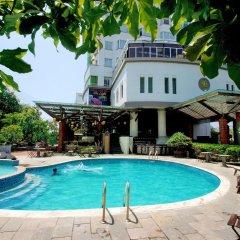 Отель The Light Hotel & Spa Вьетнам, Нячанг - 1 отзыв об отеле, цены и фото номеров - забронировать отель The Light Hotel & Spa онлайн бассейн фото 2