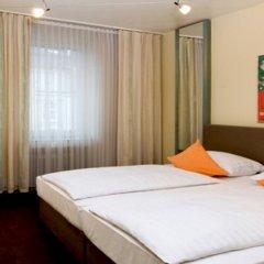 Отель Monopol комната для гостей фото 2