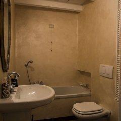 Отель Ponte Vetero 11 Apartment Италия, Милан - отзывы, цены и фото номеров - забронировать отель Ponte Vetero 11 Apartment онлайн ванная