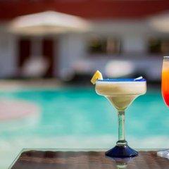Отель Estancia Мексика, Гвадалахара - отзывы, цены и фото номеров - забронировать отель Estancia онлайн бассейн