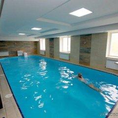 Гостиница Reikartz Polyana бассейн