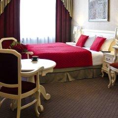 Отель SleepWalker Boutique Suites комната для гостей фото 9