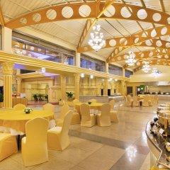 Отель Shanker Непал, Катманду - отзывы, цены и фото номеров - забронировать отель Shanker онлайн гостиничный бар