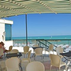 Отель Grand Hotel Montesilvano Италия, Монтезильвано - отзывы, цены и фото номеров - забронировать отель Grand Hotel Montesilvano онлайн пляж фото 2